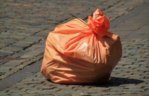 Vrecia na odpad z recyklovateľného materiálu
